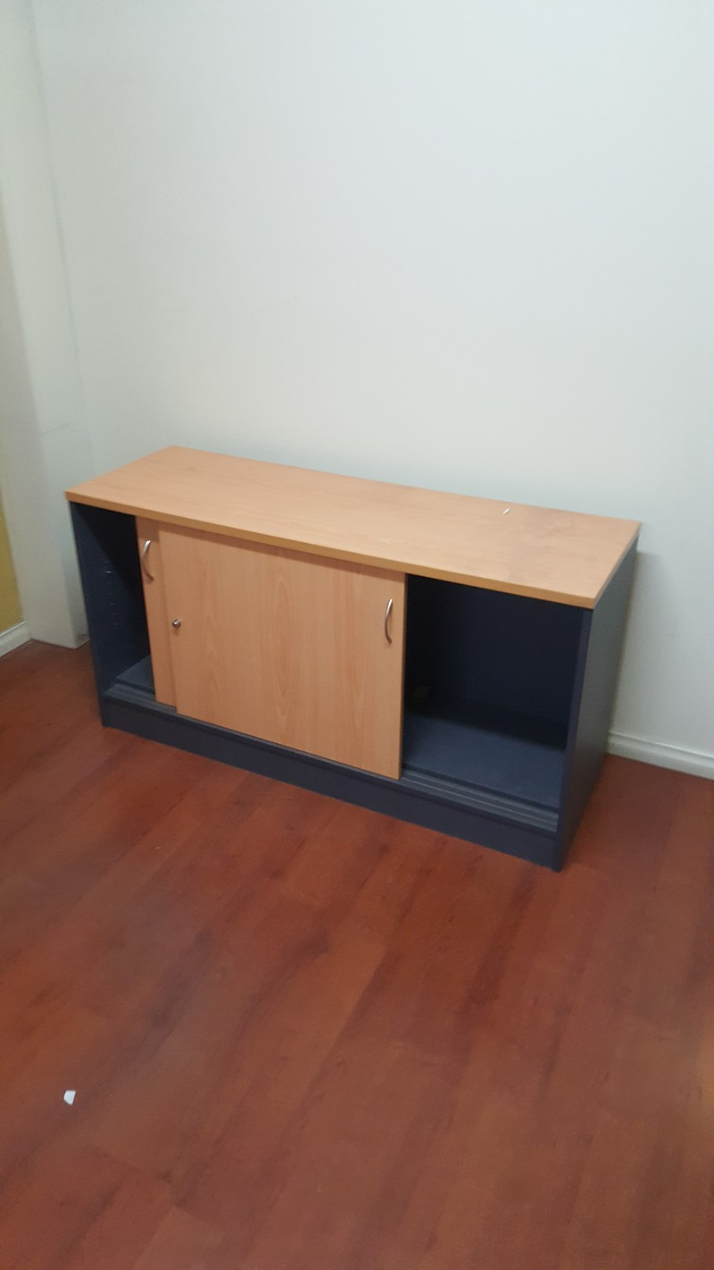 Several office furniture items for sale geelong for Office furniture for sale